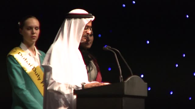 abdulhamid juma, chairman of diff and nicolas cage at the 2008 dubai international dubai film festival charles roven award at dubai . - nicolas cage stock videos & royalty-free footage