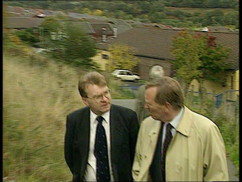 thirty years on wales aberfan cms jeff edwards intvwd sot describes being rescued edwards lindley walking towards ms edwards intvwd sot says children... - itv news at ten stock-videos und b-roll-filmmaterial
