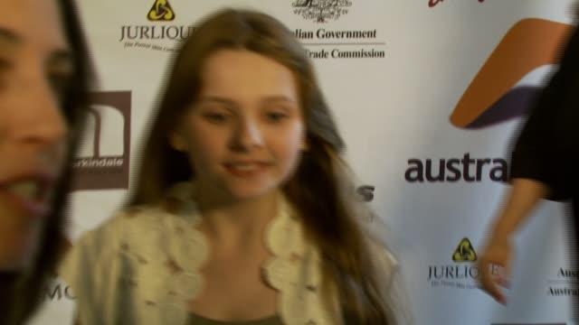 stockvideo's en b-roll-footage met abigail breslin at the australians in film 2007 breakthrough awards at the avalon hotel in beverly hills california on may 3 2007 - abigail breslin