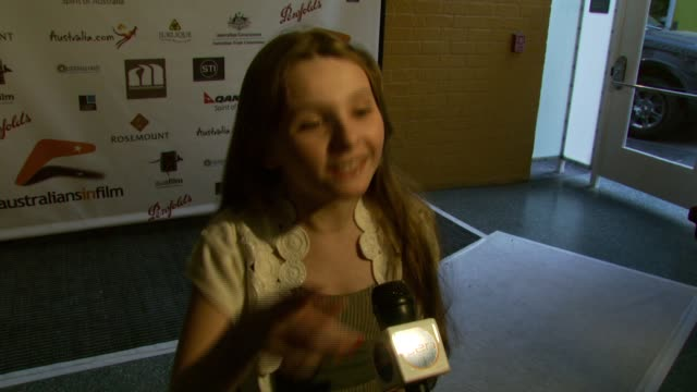 abigail breslin at the australians in film 2007 breakthrough awards at the avalon hotel in beverly hills california on may 3 2007 - 2007 stock-videos und b-roll-filmmaterial