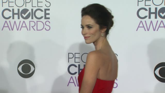 Abigail Spencer at the People's Choice Awards 2016 at Nokia Plaza LA LIVE on January 6 2016 in Los Angeles California