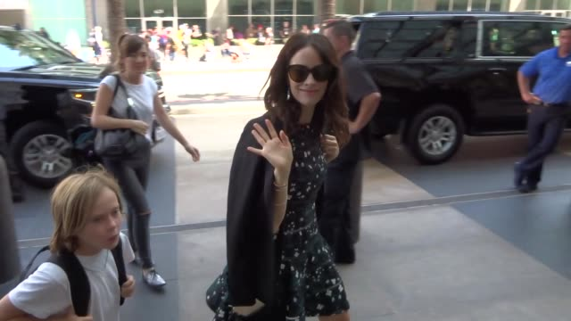Abigail Spencer walking around at San Diego Comic Con in San Diego in Celebrity Sightings in San Diego