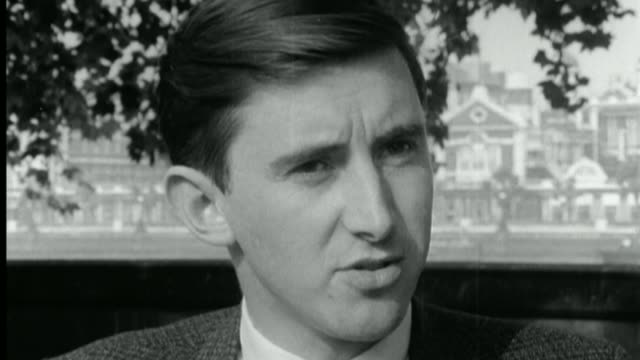 stockvideo's en b-roll-footage met 50th anniversary of act being passed / move to ban protests outside clinics t13076702 / 1371967 david steel mp interview sot - david steel politiek