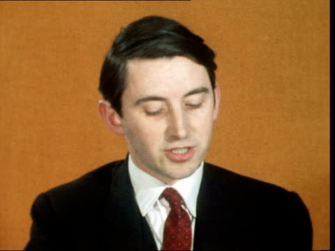 London ITN House CS David Steel SOF 'Well we suspectwith foreign countries' Col Ekt 16mm ITN 202 mins 78 ft