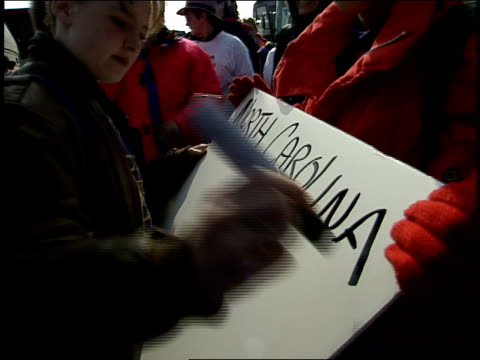 stockvideo's en b-roll-footage met abortion rights advocates making pro choice signs in 1992 washington dc - 1992