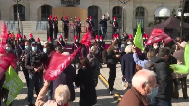 about a hundred demonstrators gathered on the place vendrôme in paris against the french government's plans to extend assisted reproduction rights to... - heterosexual couple stock videos & royalty-free footage