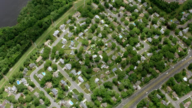 aerial above a suburban community in nj - new jersey stock videos & royalty-free footage