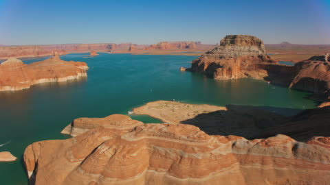 aerial above the beautiful mountains surrounding lake powell - lake powell stock videos & royalty-free footage