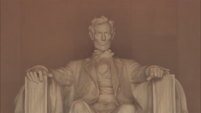 cu, zi abraham lincoln statue, lincoln memorial, washington dc, usa - male likeness stock videos & royalty-free footage