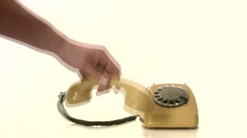 vídeos y material grabado en eventos de stock de ausencia nadie en el teléfono - teléfono con cable