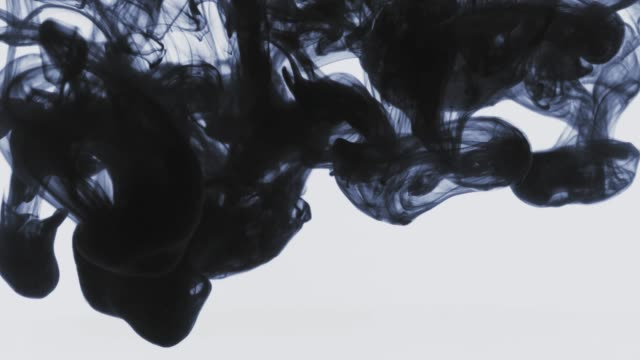 stockvideo's en b-roll-footage met abstracte achtergrond video met inkt krullen en wervelingen in verschillende vormen - spring flowing water