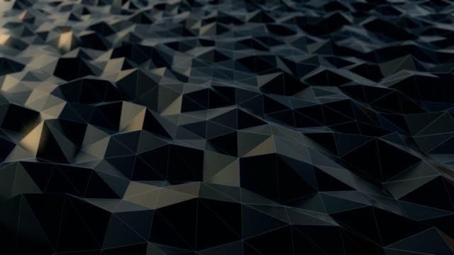 vídeos de stock, filmes e b-roll de onda preta abstrata do terra do triângulo - triângulo instrumento de percussão