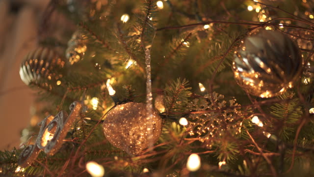 abstract christmas tree - weihnachtsbaum stock-videos und b-roll-filmmaterial