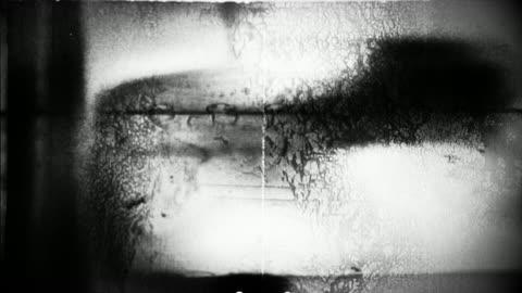 vídeos y material grabado en eventos de stock de abstract film leader forms flicker and pulse - técnica de textura grunge