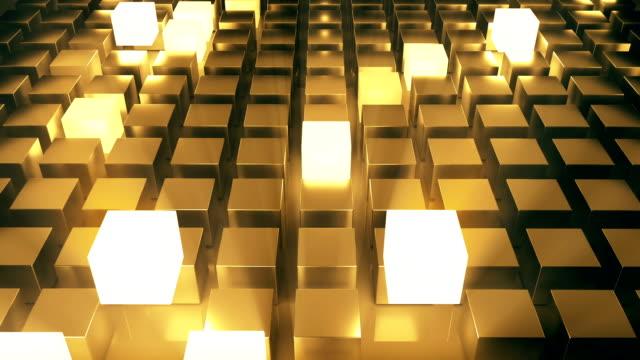 vídeos de stock, filmes e b-roll de resumo cubos brilhantes ouro - cubo