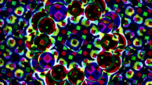 abstrakte stark painted mit kreisförmigem und quadratischem wiederholende hintergründe - handcoloriert stock-videos und b-roll-filmmaterial