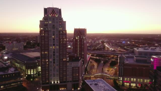 vidéos et rushes de abstract shot of downtown providence, rhode island at sunset. - rhode island