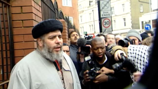 abu hamza faces extradition to the us after european court of human rights ruling r24010303 north london finsbury park mosque ext abu hamza almasri... - t in the park stock-videos und b-roll-filmmaterial