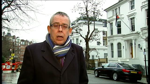details of bail conditions london jordanian embassy reporter to camera - アブ クアタダ点の映像素材/bロール