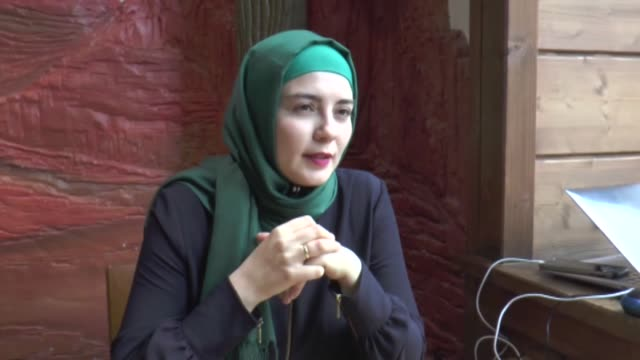 stockvideo's en b-roll-footage met academician and activist dudu kucukgol and elif ozturk teacher and member of the documentation centre for muslims in austria speak at an interview... - oostenrijk