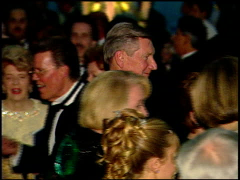academy awards 99 governors' ball at the 1999 academy awards governor's ball at the shrine auditorium in los angeles, california on march 21, 1999. - 第71回アカデミー賞点の映像素材/bロール