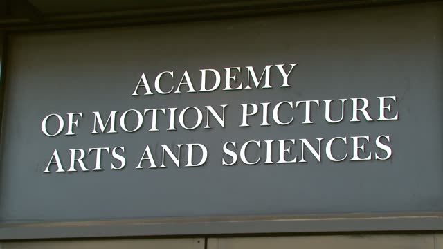 vidéos et rushes de academy of motion picture arts and sciences building at the 'sicko' special screening at samuel goldwyn theater in beverly hills california on june... - academy of motion picture arts and sciences