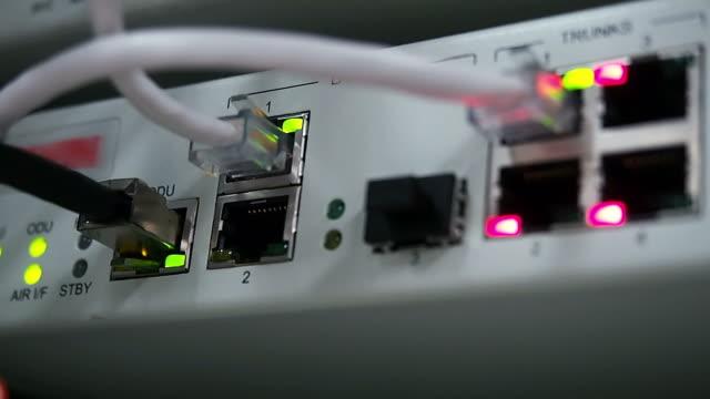 Access wifi link status
