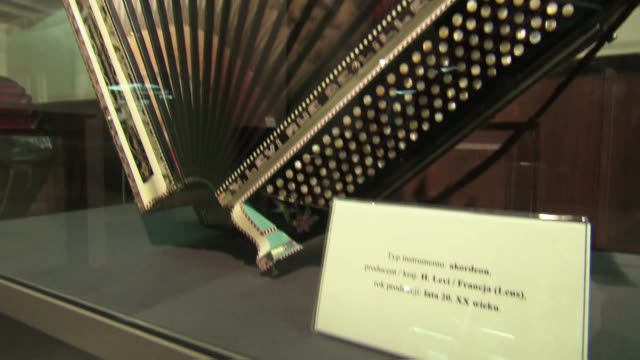 accordion in display case - piano key stock videos & royalty-free footage
