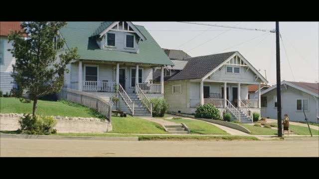 ms across street to frame houses - 1958 stock videos & royalty-free footage
