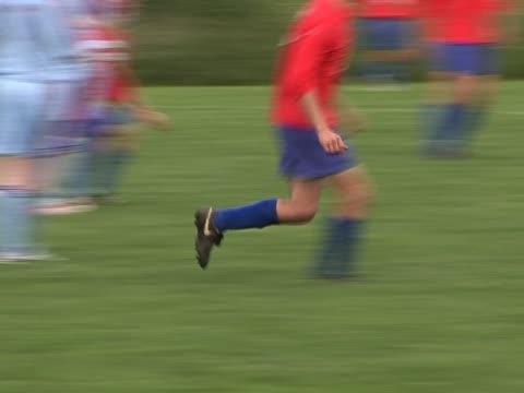 Action von einem outdoor-Fußball-Spiel