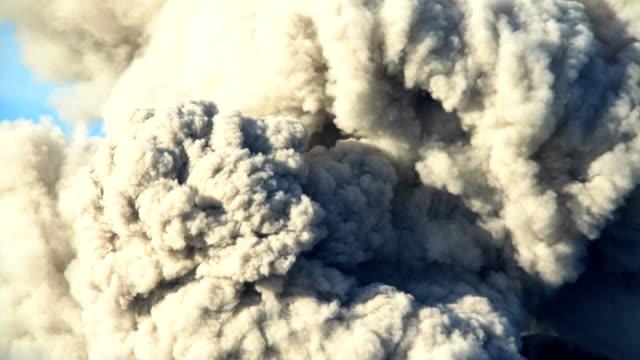 vídeos de stock, filmes e b-roll de active volcano mt bromo erupting smoke java indonesia - vapor forma da água