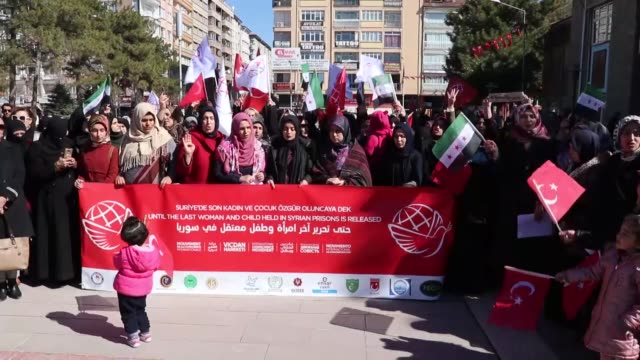 activists stage a demonstration to demand the release of jailed syrian women and children on march 08 2019 in elazig turkey on the occasion of... - syrien stock-videos und b-roll-filmmaterial