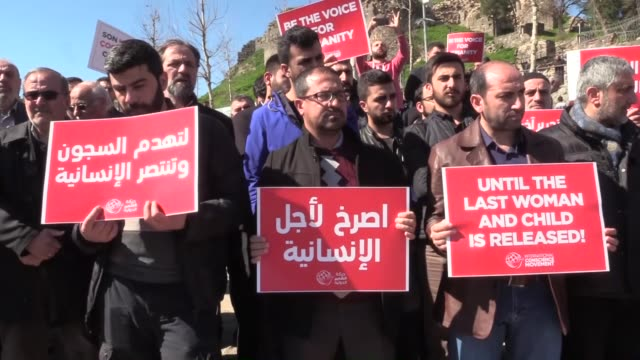 activists stage a demonstration to demand the release of jailed syrian women and children on march 08 2019 in diyarbakir turkey on the occasion of... - syrien stock-videos und b-roll-filmmaterial