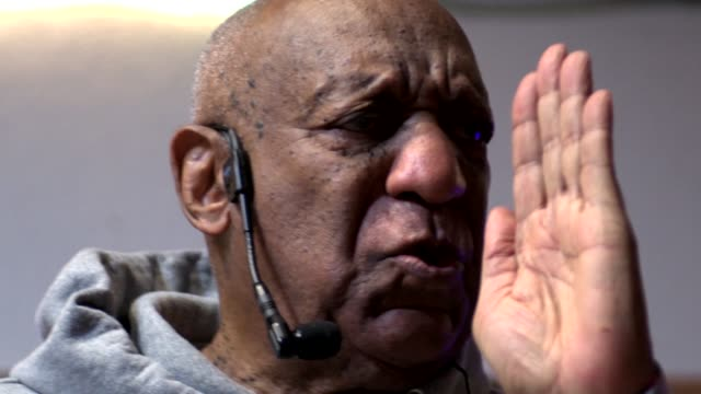 Actor and Comedian Bill Cosby returns to the stage to perform comedy during an event to honor Jazz Musician Tony Williams at LaRose Jazz Club in...