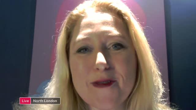 vídeos y material grabado en eventos de stock de actor christopher plummer dies, aged 91; england: london: int anna smith live 2-way interview from north london sot - christopher plummer