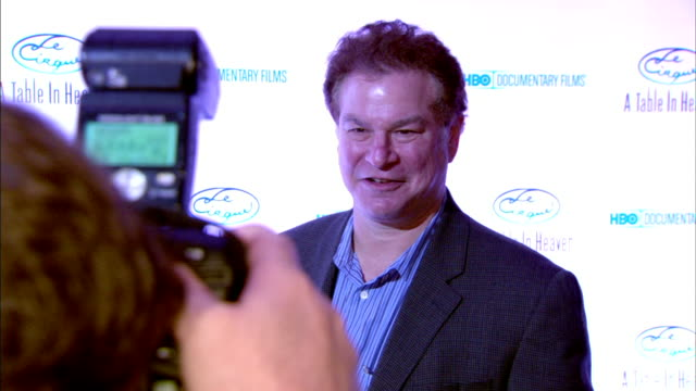 actor comedian robert wuhl on red carpet in le cirque restaurant posing for press, press snapping pictures fg. - snapping stock videos & royalty-free footage
