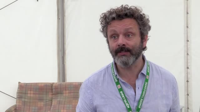 "actor michael sheen described the opening of the homeless world cup in cardiff as ""hugely emotional"" after the tournament began on saturday. the... - michael sheen bildbanksvideor och videomaterial från bakom kulisserna"