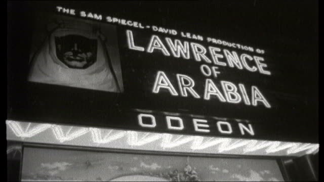 actor peter o'toole dies b london leicester square w 'lawrence of arabia' illuminated sign outside cinema - arabia video stock e b–roll