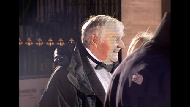 actor richard briers dies aged 79; lib / london: ext / night richard briers and wife ann davies arriving at variety club showbiz awards - richard briers stock videos & royalty-free footage