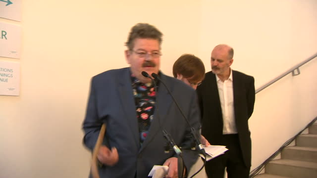 Actor Robbie Coltrane speaking at opening of new Glasgow School of Art building