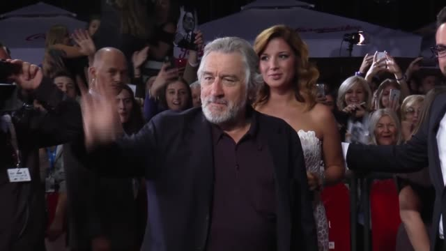 """actor robert de niro attends the opening of the 22nd sarajevo film festival where he received the festival's first lifetime achievement award """"the... - 生涯功労賞点の映像素材/bロール"""