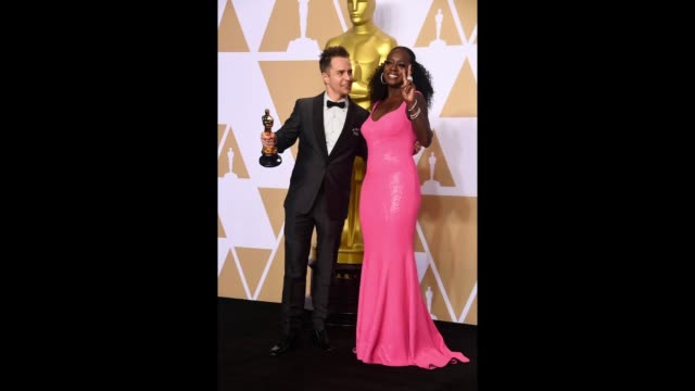 actor sam rockwell winner of the best supporting actor award for 'three billboards outside ebbing missouri' and actor viola davis pose in the press... - 90th annual academy awards stock videos & royalty-free footage