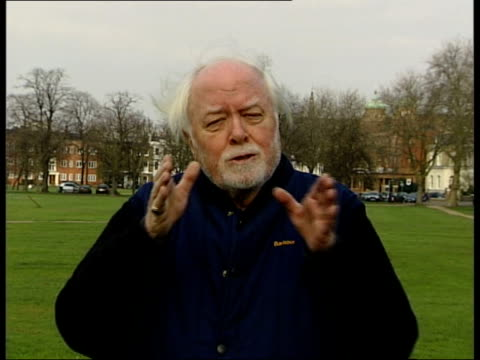 actor sir peter ustinov dies; england: london: ext lord attenborough interview sot - he was multi talented, unique/ / he was not insular, spent much... - peter ustinov点の映像素材/bロール