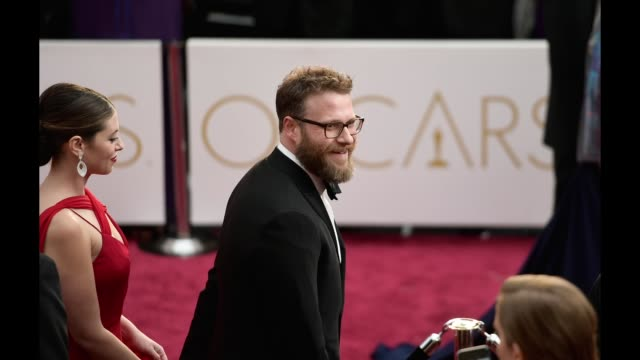 Actors Lauren Miller and Seth Rogen attend the 89th Annual Academy Awards at Hollywood Highland Center on February 26 2017 in Hollywood California
