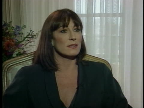 actress anjelica huston discusses how being in costume helped her to act her part in the movie the grifters - anjelica huston stock videos & royalty-free footage