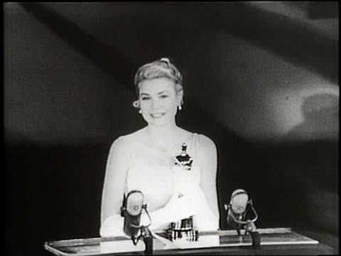stockvideo's en b-roll-footage met actress grace kelly gives her acceptance speech upon being awarded an oscar at the academy awards in hollywood, california. - 1955