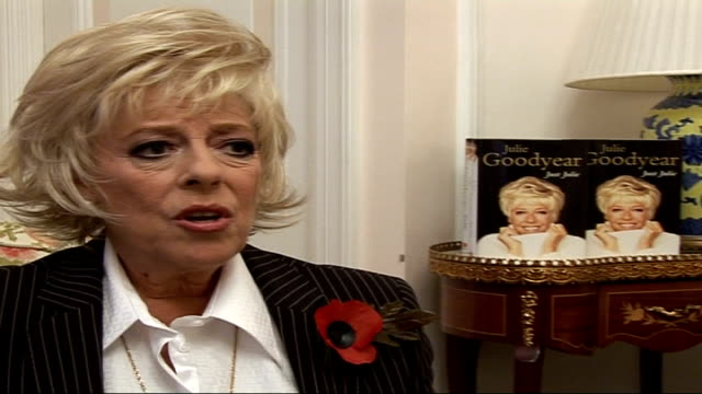 actress julie goodyear promoting her new book 'just julie'; julie goodyear interview sot - on her happy relations with all her 'coronation street'... - seifenoper stock-videos und b-roll-filmmaterial