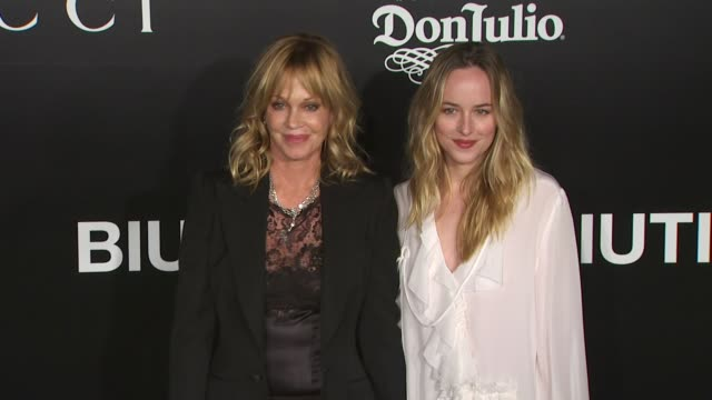 actress melanie griffith and daughter dakota johnson arrive at los angeles premiere of biutiful held at dga theater on december 14 2010 in los... - melanie griffith stock videos and b-roll footage