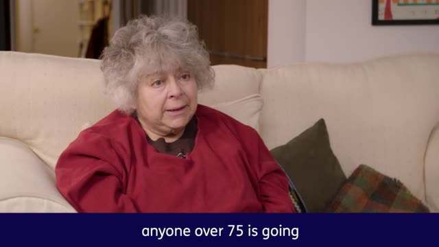"vídeos de stock e filmes b-roll de actress miriam margolyes criticises the ""cruel"" and ""heartless"" end of the free tv licence for over75s and accused boris johnson of a ""dereliction of... - miriam margolyes"