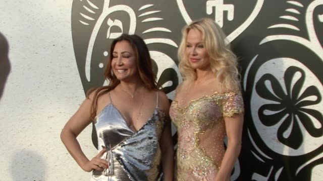 stockvideo's en b-roll-footage met actress pamela anderson and maria bravo attend the official opening of new summer hot spot 'playa padre' in cable beach - padre